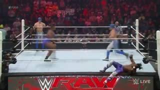 Los Matadores vs. Kofi Kingston & Big E: Raw, Aug. 10, 2015