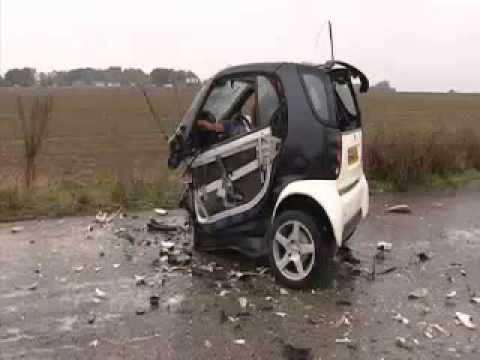 Smart Car Crash With 70 Miles Against A Concrete Wall