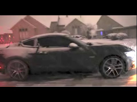 review 2015 ford mustang gt in michigan snow with winter. Black Bedroom Furniture Sets. Home Design Ideas