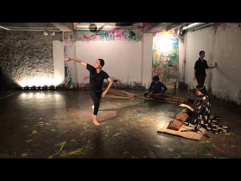 "[Full Video] ""갑자기 멈춰진 삶. 사람과의 거리. 그래서 예술."" 장혜림 장서이 주보라 황진아 @ghettoalive"