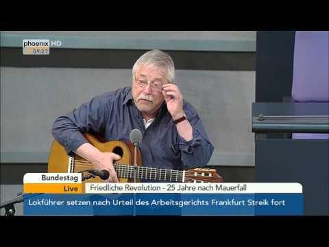 """Bundestag: Musikalische Begleitung von Wolf Biermann zu """"25 Jahre nach Mauerfall"""" am 07.11.2014"""