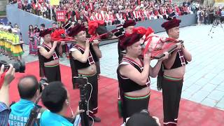 [Hmong Culture] Koob Tsheej Teev Hawm Hmoob Huab Tais Txiv Yawg 2017 Part 1