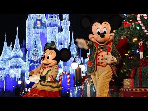 Mickeys-Very-Merry-Christmas-Party-at-Disneys-Magic-Kingdom-Parade-Treats-New-Fireworks