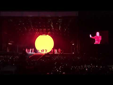 Witness - Dark horse - Katy Perry Abu Dhabi