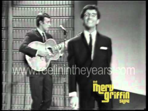"Freddie and the Dreamers- ""I'm Telling You Now"" live (Merv Griffin Show 1965)"