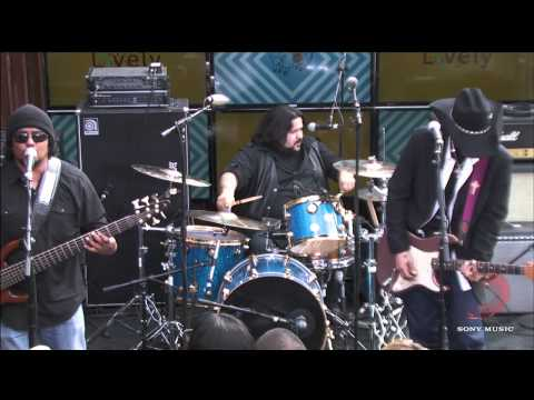 Los Lonely Boys - Heart Of Austin 2014