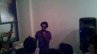 Teebs - Humming Birds & Double Fifths live at Gus Harper Art Studio (Venice CA, 23-July-2011)