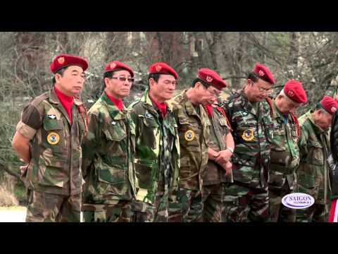 Le thuong ky dau nam tai Tuong Dai Viet My - Veterans Park, Arlington - TX p2a