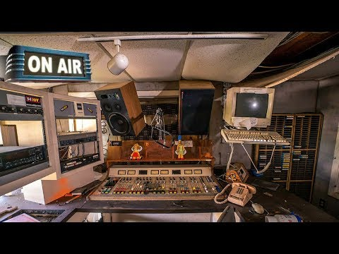 Abandoned Radio Station WHJJ WHJY WSNE *STILL TRANSMITTING*