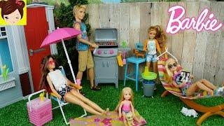 Barbie Tiene una Parrillada y Ken se Quema - Muebles y Accesorios de Barbie thumbnail