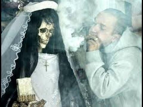 Resultado de imagen para mictlantecuhtli santa muerte