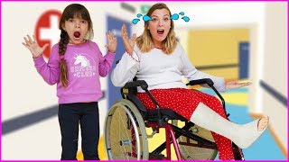 Laurinha e Helena e a história do dodói 2 - The Boo Boo Story from Laurinha and Helena 🚑
