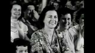 Pingstkyrkan vs.  Filadelfias Strängmusik -  Sjungen Herranom