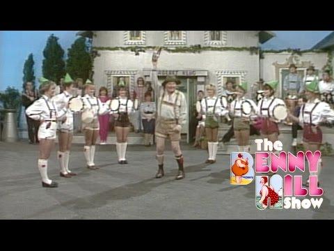 Benny Hill - Kabaret Hill's Angels (1989)