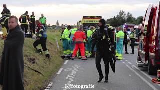 Twee doden na voertuig te water Westeinderplassen Leimuiden