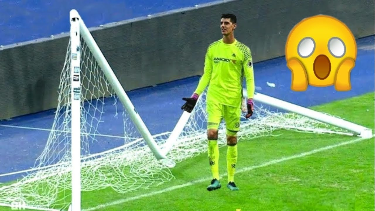 Photo of أغرب خمسة مواقف حصلت في تاريخ كرة القدم ستنذهل 😨😰 – الرياضة