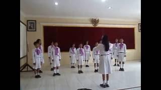 """Paduan Suara """"Indonesia Jaya"""" SD Negeri 2 Kembangan"""