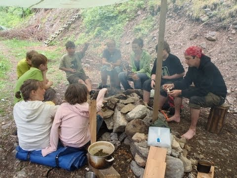 Kinder Survival Kurs, Training
