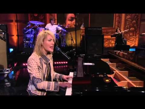 Metric   Eclipse All Yours (Live @ Jay Leno 21 07 2010)