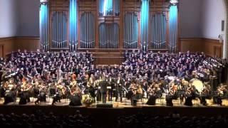 Бетховен 9 я симфония 4 я часть 300 исполнителей на сцене