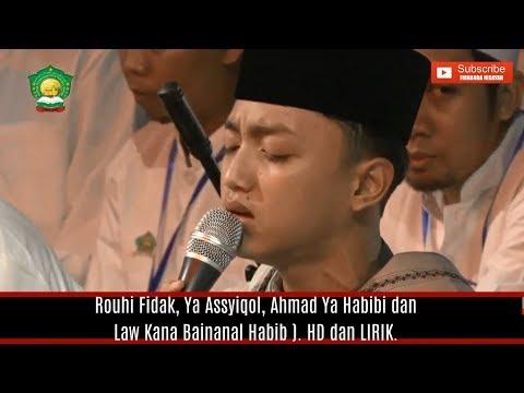 FULL GUS AZMI ( Rouhi Fidak, Ya Assyiqol, Ahmad Ya Habibi & Law Kana Bainanal Habib ).
