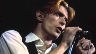 David Bowie (Boston. 1976) 03. Word on a Wing.wmv