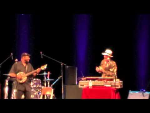 Watermelon Slim & Super Chikan - live - italy - 2011 - 3/10
