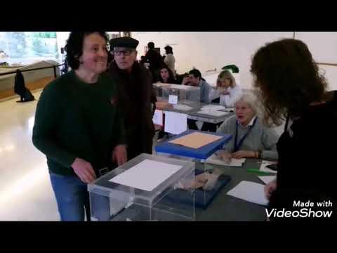 Se abren los colegios electorales