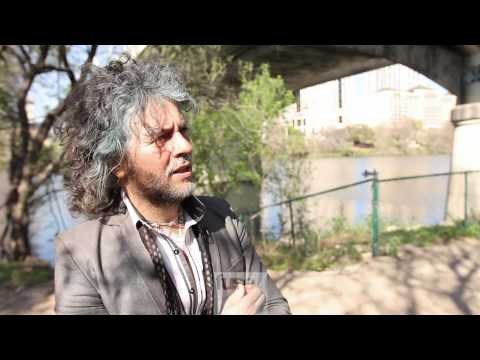 Walking with Wayne Coyne @ SXSW