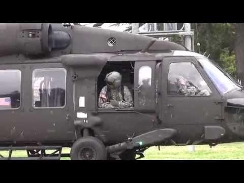 Sikorosky UH-60 BlackHawk TakeOff 【60fps】 キャンプ座間