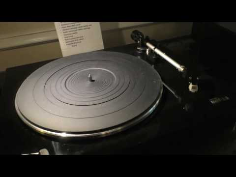 CES 2017: Music Halls New High Value MMF 13 Turntable & Goldring Cartridges