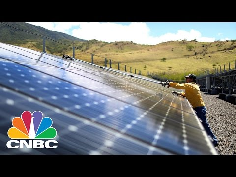 World's Largest Solar Farm In India To Reduce Carbon Emissions, Power Homes | CNBC