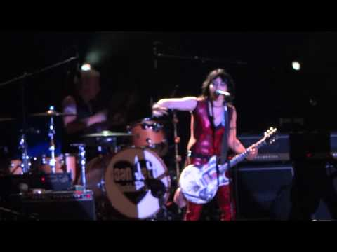 Joan Jett-Coney Island-The French Song-August 9, 2012