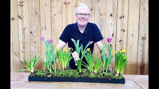 Arranjo de flores de bulbos no estilo jardim holandês