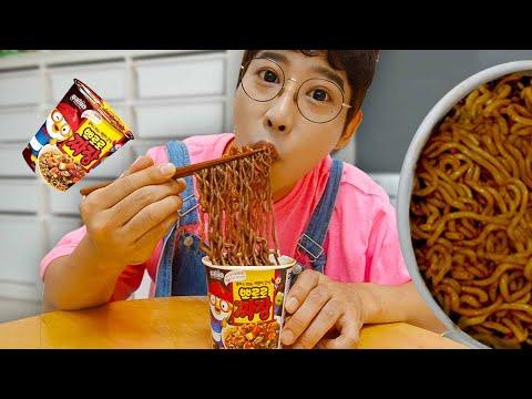 虢�搿滊 歆滌灔氅� 鞐勲 靷检磳 頃粯 毹轨柎鞖�! 欤茧癌雴�鞚� 鞖旊Μ雴�鞚� 鞛ル倻臧� 雴�鞚� Pororo Noodle pretend play with kids toys | MariAndKids