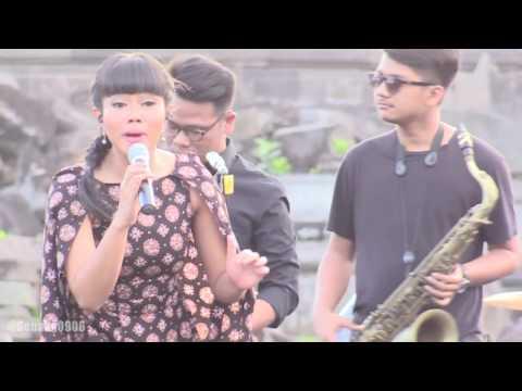 Yura - Aksi Kucing @ Prambanan Jazz 2016 [HD]