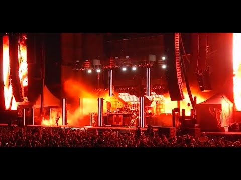 """Tour Rumor: Rammstein + KORN to tour together? - LINKIN PARK debut """"Heavy"""" music video"""