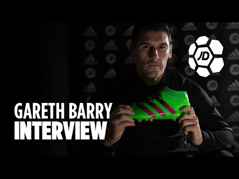Gareth Barry Talks Growing Up at Aston Villa,  Roberto Martinez, Breaking Records & More