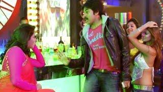 Attarintiki Daredi Comedy Scenes - Pawan Kalyan Pub Entry Scene - Samantha, Hamsa Nandini
