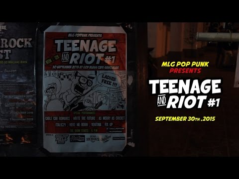 Teenage and Riot #1