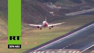 De miedo: Así aterrizan los aviones en el aeropuerto más espeluznante de Europa