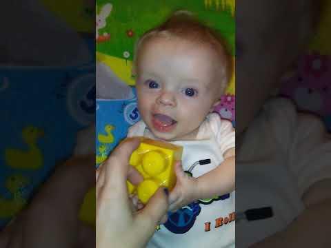 About Eli And Achondroplasia (dwarfism)