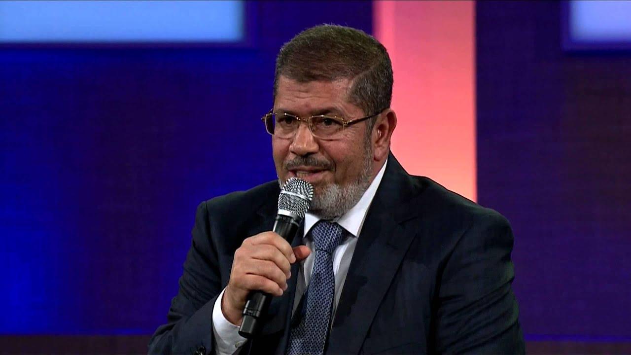Muhammad Mursi (alm). Presiden Mesir terguling 2013 (gambar dari: https://www.youtube.com/watch?v=kVS5BEcmA-k)