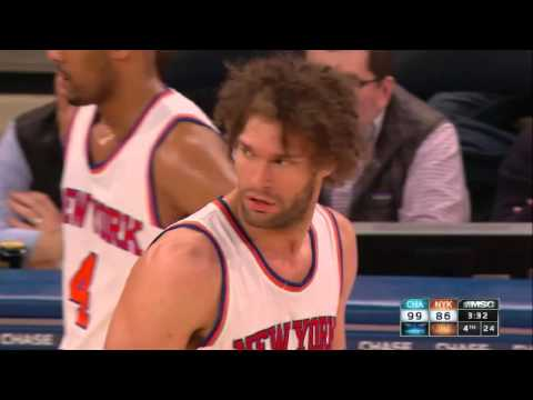 Robin Lopez ejected for two technical fouls in one minute