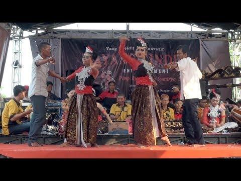 Tari Sunda Jaipong DAUN HIRIS I Fitri & Wati I MAYANG CINDE