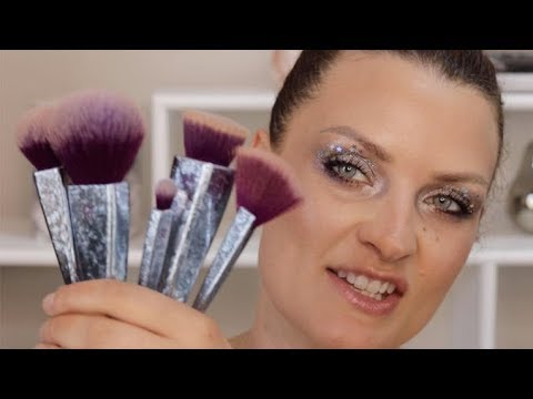 Brush Crush Vol. 2 Collection Galaxy Makeup Tutorial | Real Techniques