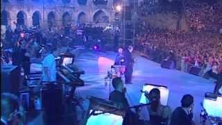 Oliver Dragojević - Vjeruj U Ljubav (With Oto Pestner) (Live)
