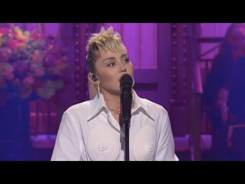 Miley Cyrus - Light of a Clear Blue Morning (Dolly Parton Cover)