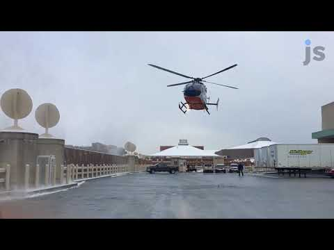 Helicopter lands on Wisconsin Center roof