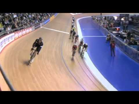 Mark Cavendish Wins Scratch Race at Revolution 34